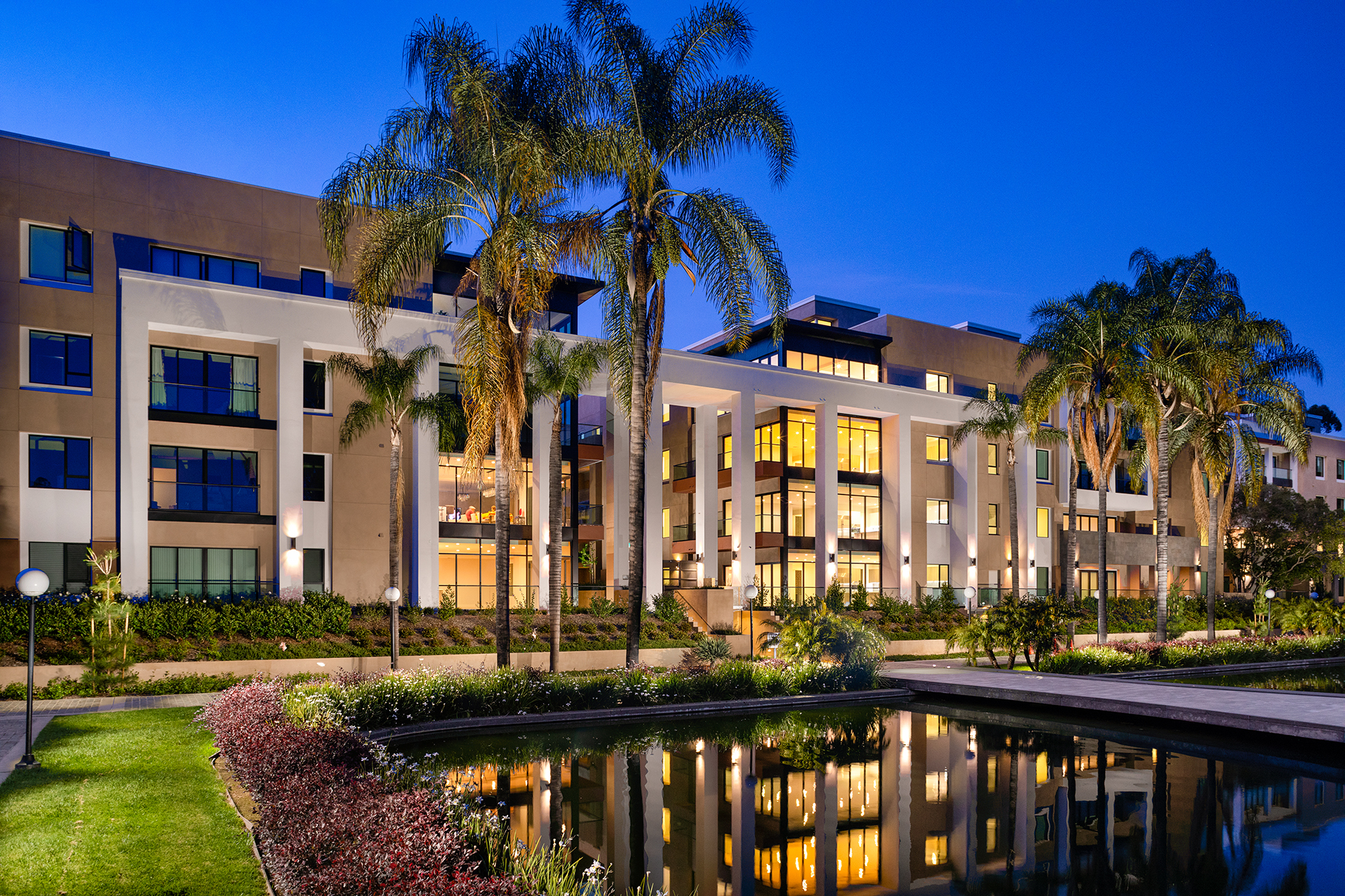 Exterior view of new condos for sale in Pasadena at the Terraces at the Ambassador Gardens